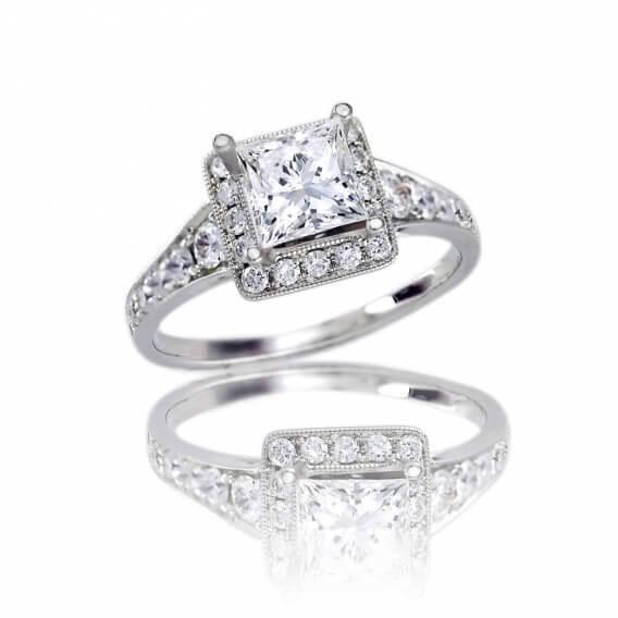טבעת אירוסין בשילוב זהב לבן מרובעת חצי קראט