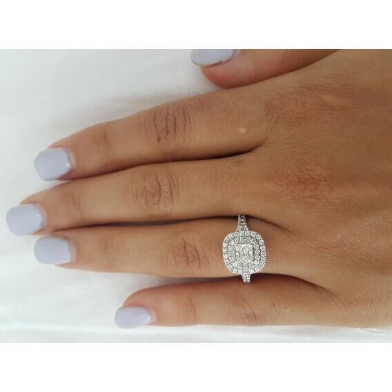 טבעת אירוסין מרשימה מעוטרת זהב לבן ויהלומים סלנה