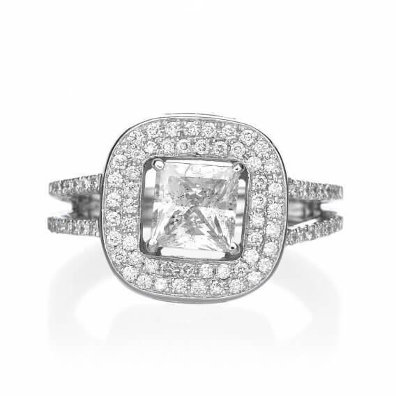 טבעת וינטאג' בשיבוץ יהלומים איניוויקטוס