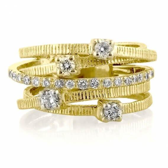 טבעת וינטאג' יוקרתית דינוסה זהב צהוב