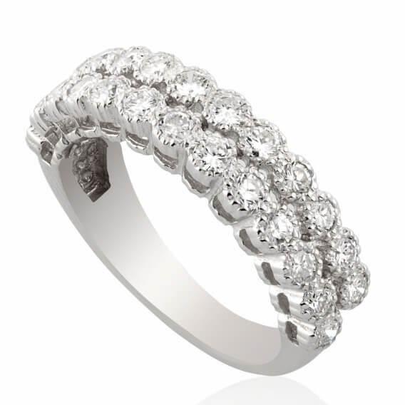 טבעת וינטאג' מפוארת בשיבוץ שתי שורות יהלומים