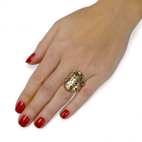 טבעת אירוסין וינטאג' מרהיבה בשיבוץ יהלומים צבעוניים 7.85 קראט