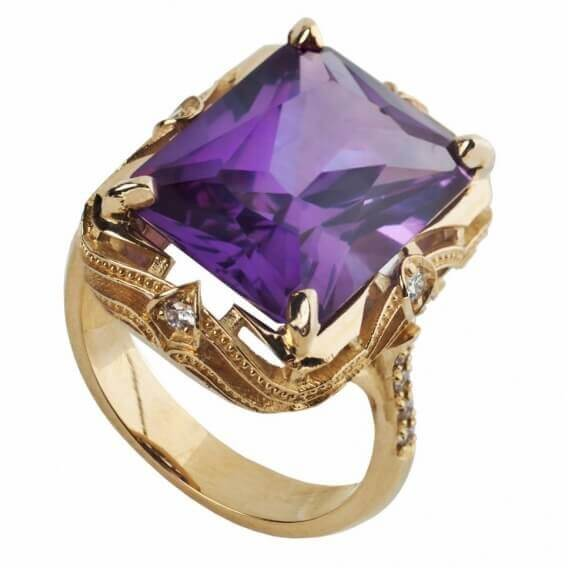 טבעת יהלומים בשילוב אבן חן סגולה 1.62 קראט
