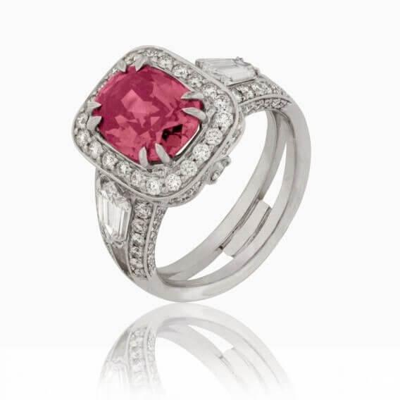 טבעת יהלום בשילוב אבן חן רובי זהב לבן 2.13 קראט