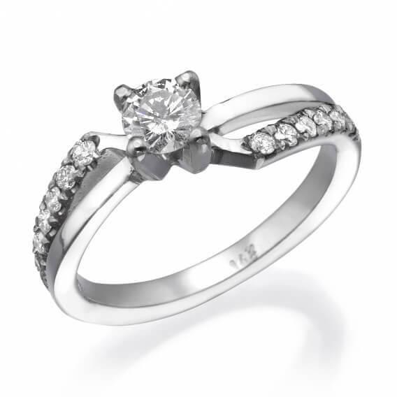 טבעת יהלום קלאסית חצי קראט זהב לבן
