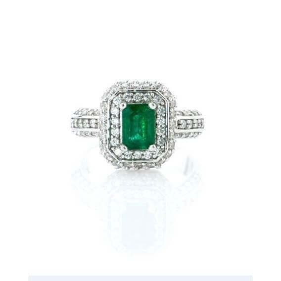 טבעת יהלומים וזהב עם אבן חן אמרלד 2.02 קראט קוריאט