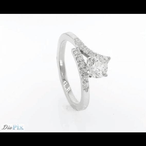 טבעת יהלומים יוקרתית מעוטרת זהב לבן רדאון 1.0 קראט