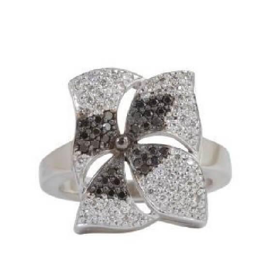 טבעת יהלומים יוקרתית עם 166 יהלומים איכותיים - ג'רי