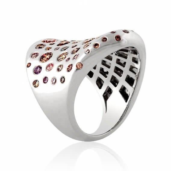 טבעת יהלומים יוקרתית פנסי קולור 3.15 קראט