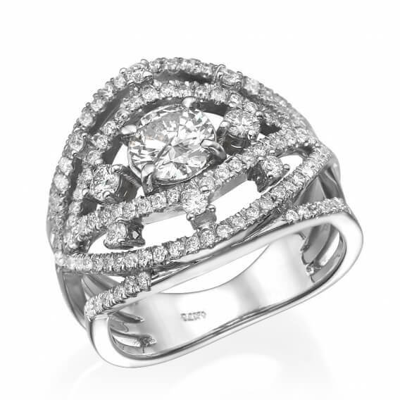 טבעת יהלומים מעוצבת בצורת עין זהב לבן 2.79 קראט