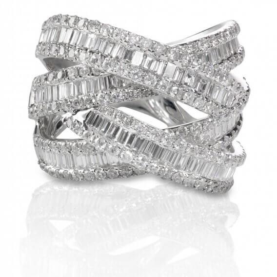 טבעת יהלומים מעוצבת בשילוב זהב לבן 3 קראט