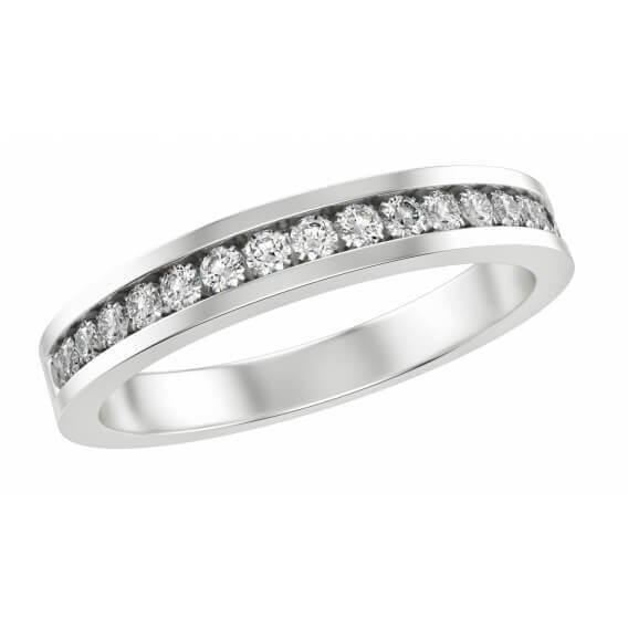 טבעת יוקרתית אודסה משובצת יהלומים וזהב לבן 0.48 קראט