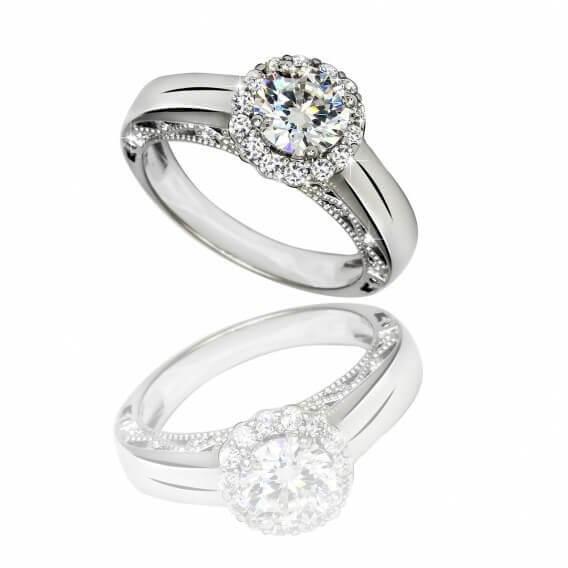 טבעת יוקרתית בשיבוץ יהלומים וזהב לבן דידיוס 87 נקודות