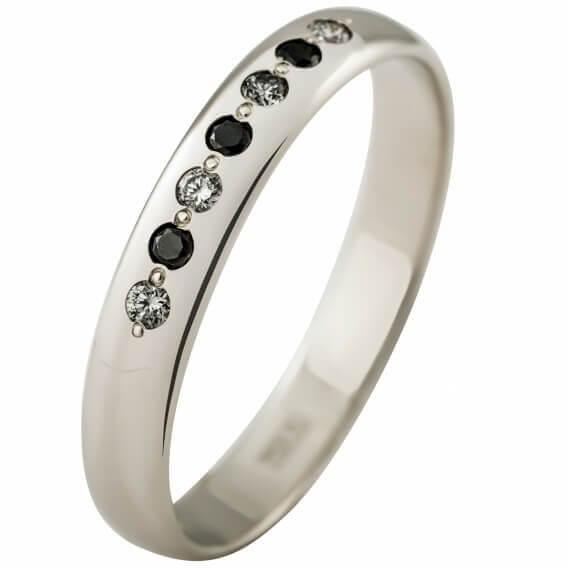 טבעת לגבר מיוחדת משובצת ביהלומים שחורים ולבנים 0.28 קראט - ג'פרי