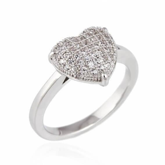 טבעת מרהיבה משובצת יהלומים בצורת לב 0.36 קראט