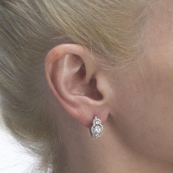 עגילי יהלומים וזהב בעיצוב מיוחד 2.16 קראט גואן