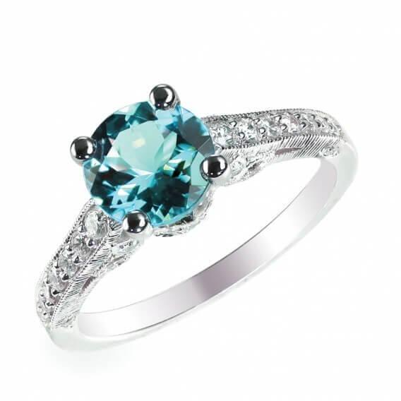 טבעת יהלומים עם אבן חן מרכזי 0.76 קראט - ג'ני