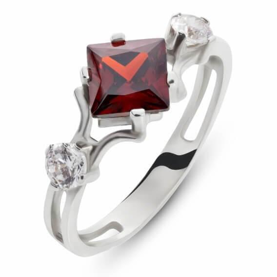 טבעת יהלומים עם אבן חן מרכזי 0.77 קראט - זואי